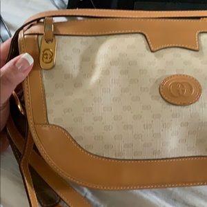 Sale🌹❤️🌞Vintage GUCCI shoulder bag
